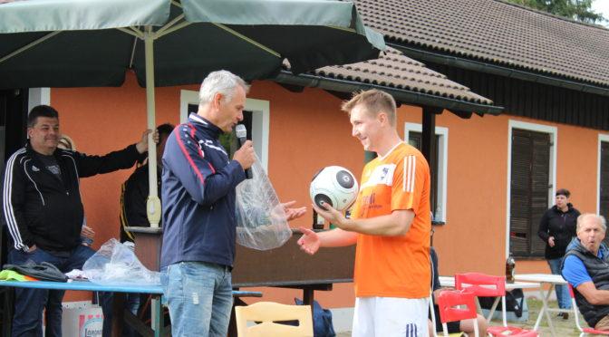 DJK Ebnath gewinnt Fußballturnier